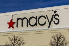 Το Φεβρουάριο του 2017 της Ινδιανάπολης - Circa: Πολυκατάστημα Macy ` s Macy's, INC είναι οι αρχαιότεροι Omnichannel λιανοπωλητ στοκ φωτογραφίες