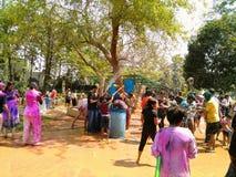 Το φεστιβάλ ανοίξεων των χρωμάτων στοκ εικόνες με δικαίωμα ελεύθερης χρήσης