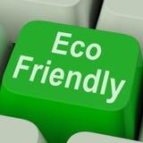 Το φιλικό κλειδί Eco παρουσιάζει πράσινος και περιβαλλοντικά αποδοτικός Στοκ φωτογραφία με δικαίωμα ελεύθερης χρήσης