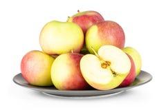 Το φρέσκο κόκκινο μήλο james απομονωμένος στο λευκό στοκ φωτογραφίες με δικαίωμα ελεύθερης χρήσης