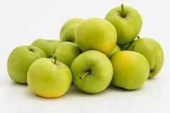 Το φρέσκο μήλο τρώει για τις καλές υγείες στοκ εικόνα με δικαίωμα ελεύθερης χρήσης