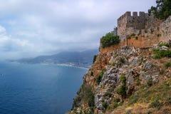 Το φρούριο Alanya στην Τουρκία Άποψη θάλασσας από τον τοίχο και το παρατηρητήριο φρουρίων Στοκ Εικόνες