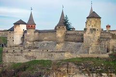 Το φρούριο Podilskyi Kamianets ενσωμάτωσε το 14ο αιώνα Άποψη Στοκ φωτογραφίες με δικαίωμα ελεύθερης χρήσης