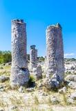 Το φυσικό φαινόμενο Pobiti Kamani, γνωστό ως πέτρινο δάσος Στοκ Εικόνες