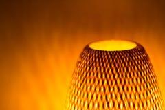 Φως λαμπτήρων πυράκτωσης με τις μορφές σκιών Στοκ Εικόνα