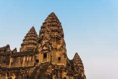 Το φως ηλιοβασιλέματος λάμπει στο angkor wat στο siem συγκεντρώνει την Καμπότζη Στοκ Φωτογραφίες