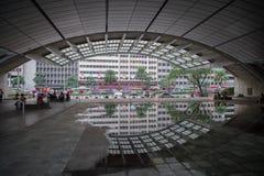 Το φως και ο ήχος παρουσιάζουν Ayala στο τρίγωνο Στοκ Εικόνα