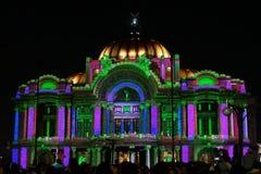 Το φως νύχτας παρουσιάζει Palacio de Bellas Artes, Πόλη του Μεξικού, Μεξικό Στοκ φωτογραφία με δικαίωμα ελεύθερης χρήσης