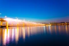 Το φως πηγών ουράνιων τόξων σεληνόφωτου Banpo παρουσιάζει Χ Στοκ εικόνες με δικαίωμα ελεύθερης χρήσης