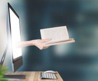Το χέρι με το βιβλίο βγαίνει από τον υπολογιστή, τρισδιάστατος δώστε στοκ εικόνα