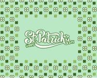 Το χέρι σκιαγράφησε το ιρλανδικό σχέδιο εορτασμού Διανυσματική απεικόνιση της ευτυχούς ημέρας Αγίου Πάτρικ logotype Εγγραφή φεστι στοκ εικόνα με δικαίωμα ελεύθερης χρήσης