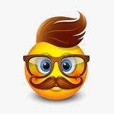 Το χαριτωμένο hipster emoticon που φορά eyeglasses και με την πιπερόριζα ακούει και mustaches, emoji, smiley - διανυσματική απεικ Στοκ εικόνα με δικαίωμα ελεύθερης χρήσης