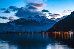 Το χιονοδρομικό κέντρο Zell AM βουνών βλέπει την Αυστρία Στοκ Εικόνες