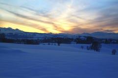 Το χιόνι στα βουνά, οροπέδιο ASIAGO, Βιτσέντσα, Ιταλία στοκ εικόνα