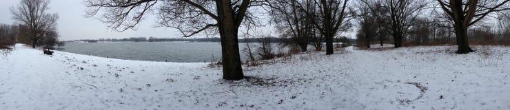 Το χιόνι στοκ εικόνα με δικαίωμα ελεύθερης χρήσης