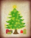 Το χριστουγεννιάτικο δέντρο με τα φω'τα και παρουσιάζει Στοκ εικόνα με δικαίωμα ελεύθερης χρήσης
