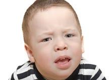 Το 2χρονο παιδί είναι ιδιότροπο Στοκ φωτογραφία με δικαίωμα ελεύθερης χρήσης
