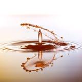 Το χρώμα waterdrops συγκρούεται μεταξύ τους Στοκ φωτογραφίες με δικαίωμα ελεύθερης χρήσης