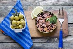 Το χταπόδι μπορεί με τη σάλτσα Στοκ φωτογραφία με δικαίωμα ελεύθερης χρήσης