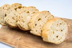 το ψωμί χαρτονιών έκοψε ξύλ&iota Στοκ εικόνες με δικαίωμα ελεύθερης χρήσης