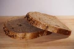 το ψωμί χαρτονιών ανασκόπησης απομόνωσε το λευκό Στοκ Εικόνες
