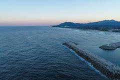 Το όμορφο ηλιοβασίλεμα της παραλίας Gangneung Anmok Στοκ Εικόνες