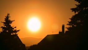 Το όμορφο ηλιοβασίλεμα timelapse σε Sabatini καλλιεργεί κοντά στο βασιλικό παλάτι στη Μαδρίτη, Ισπανία απόθεμα βίντεο