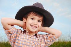 το όμορφο καπέλο αγοριών &del Στοκ φωτογραφία με δικαίωμα ελεύθερης χρήσης