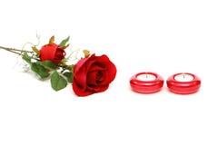το όμορφο κόκκινο κεριών αυξήθηκε Στοκ φωτογραφία με δικαίωμα ελεύθερης χρήσης