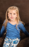 Το όμορφο μικρό κορίτσι δεν αισθάνεται καλό Στοκ Εικόνες