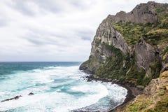 Το όμορφο νησί ηφαιστείων Ilchulbong Seongsan αυξάνεται από τη θάλασσα στο ανατολικά Jeju Νότια Κορέα Ασία στοκ φωτογραφίες