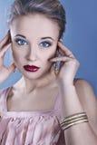 το όμορφο πρόσωπο χρωμάτων &kap στοκ εικόνες