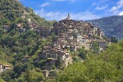 Το όμορφο χωριό Apricale, κοντά σε Sanremo, Λιγυρία, Ιταλία Στοκ φωτογραφία με δικαίωμα ελεύθερης χρήσης