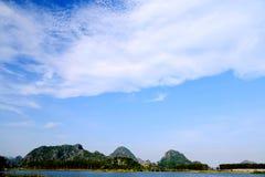 Το όμορφο lakeview στο νομό puzhehei, yunnan, Κίνα Στοκ Εικόνες