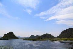 Το όμορφο lakeview στο νομό puzhehei, yunnan, Κίνα Στοκ Εικόνα