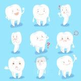 Το δόντι κινούμενων σχεδίων κάνει το διαφορετικό emoji Στοκ Εικόνες