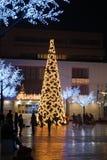 Σύγχρονο χριστουγεννιάτικο δέντρο, Fuengirola, Ισπανία. Στοκ Φωτογραφίες