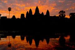 το angkor Καμπότζη συγκεντρώνει siem την ανατολή wat Στοκ Εικόνες