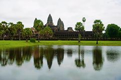 το angkor Καμπότζη συγκεντρώνε Μεγαλύτερο θρησκευτικό μνημείο στον κόσμο 162 6 εκτάρια Στοκ Φωτογραφίες