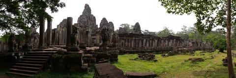 το angkor bayon συγκεντρώνει siem thom Στοκ φωτογραφία με δικαίωμα ελεύθερης χρήσης