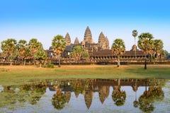 Το Angkor Wat με την απεικόνιση της λίμνης σε Siem συγκεντρώνει, Καμπότζη Στοκ Εικόνες