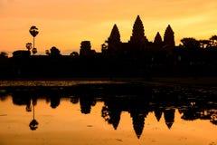 Το Angkor Wat στην ανατολή, Siem συγκεντρώνει, Καμπότζη Στοκ φωτογραφία με δικαίωμα ελεύθερης χρήσης