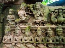 Το Apsara χάρασε στον τοίχο στο TA Prohm Castle, Angkor Wat, Cambod Στοκ Φωτογραφίες