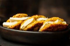Το Arepas de choclo γέμισε με το άσπρο τυρί Στοκ φωτογραφία με δικαίωμα ελεύθερης χρήσης