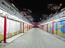 το asakusa ο ναός οδών νύχτας Στοκ Εικόνες
