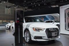 Το Audi A3 ε -ε-tron στην επίδειξη κατά τη διάρκεια του Λα αυτόματου παρουσιάζει στοκ εικόνα με δικαίωμα ελεύθερης χρήσης