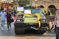 Το Bandvagn 206 είναι ακολουθημένος αρθρωμένος, για όλα τα εδάφη μεταφορέας που αναπτύσσεται από Hagglunds στην ανοικτή στρατιωτι στοκ εικόνες