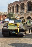 Το Bandvagn 206 είναι ακολουθημένος αρθρωμένος, για όλα τα εδάφη μεταφορέας που αναπτύσσεται από Hagglunds στην ανοικτή στρατιωτι στοκ φωτογραφία με δικαίωμα ελεύθερης χρήσης