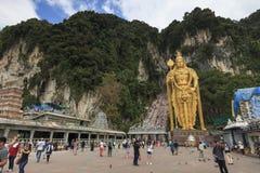 Το Batu ανασκάπτει την είσοδο και το Λόρδο Murugan Statue στη Κουάλα Λουμπούρ Μαλαισία Οι σπηλιές Batu βρίσκονται ακριβώς βόρεια  Στοκ φωτογραφίες με δικαίωμα ελεύθερης χρήσης