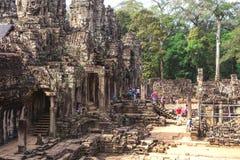 Το Bayon, Siem συγκεντρώνει, Καμπότζη - 7 Δεκεμβρίου 2016: Στοές Στοκ φωτογραφίες με δικαίωμα ελεύθερης χρήσης